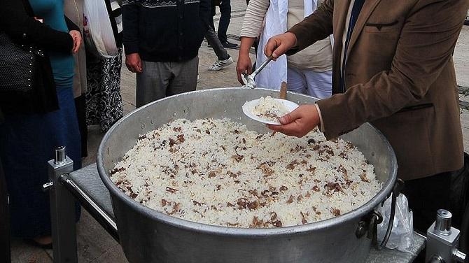 Çinliler Türkiye'nin pilav rekorunu kıramadı