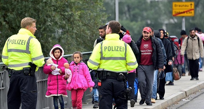 Avrupa'ya gelen göçmenlerin dörtte birini çocuklar oluşturuyor