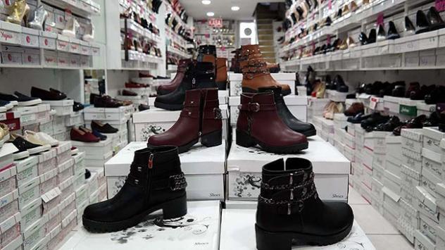 'Taklit ayakkabılar orijinalmiş gibi satılıyor
