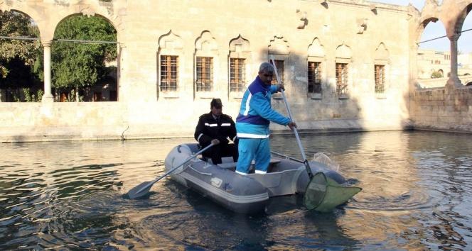 Balıklıgöl ilk kez botla temizlendi