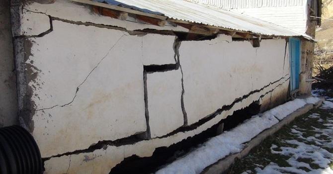 Yılmaz: Kiğı'da 500'ün üzerinde ağır hasarlı yapı var