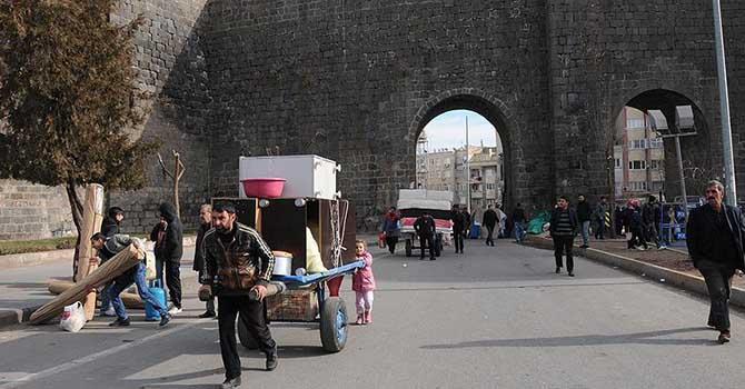 Sur'da terör örgütünden kaçış sürüyor