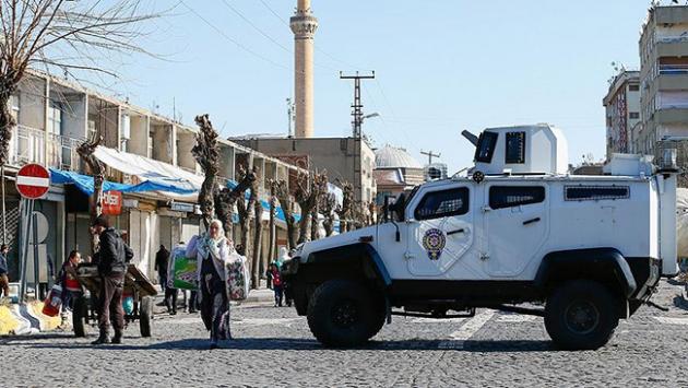 Sur'da 15 mahallenin 9'un da yasak sona erdi
