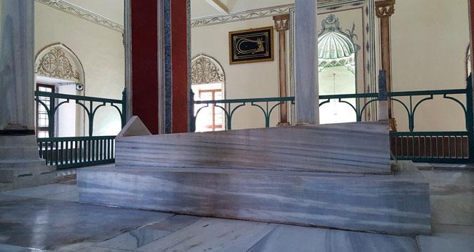 Bursalı hattatlardan Osmanlı padişahlarına vefa