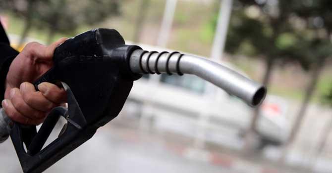Benzinin fiyatına bir zam daha geldi