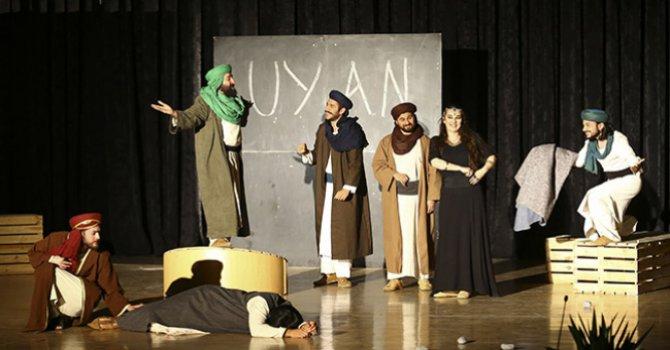 """Mus'ab Bin Umeyr"" tiyatro sahnesinde"