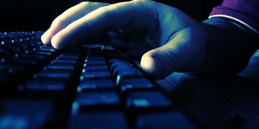 Sosyal medyadan 'Cumhurbaşkanı'na hakaret' eden kişiye gözaltı