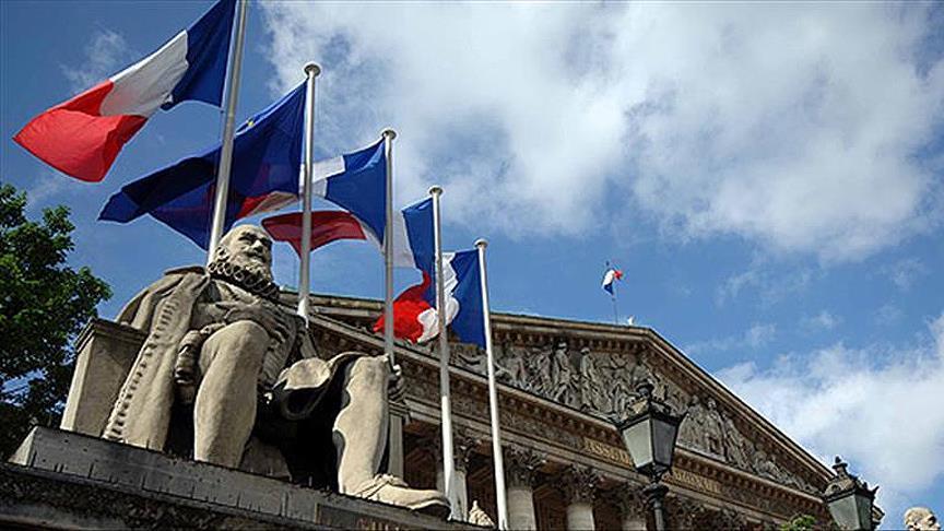 Fransa'da doktora 'İslamifobi' cezası