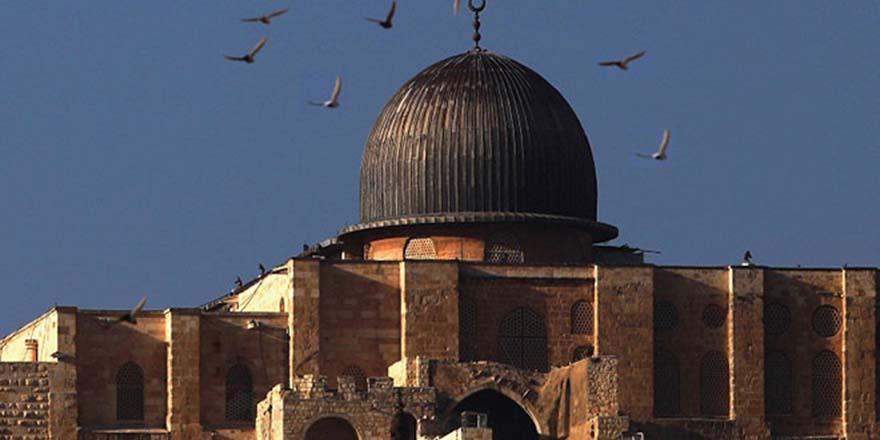 Mescidi Aksa baskını Müslümanların duygularına açık bir saldırıdır