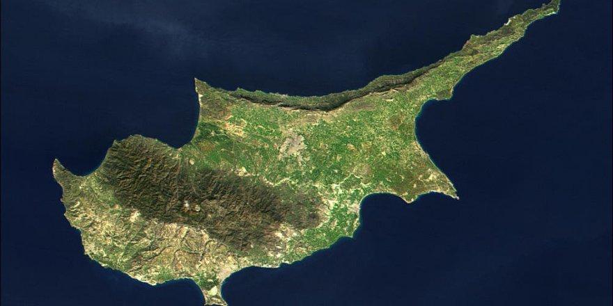 Kıbrıs'ta çözüm için liderler bir araya geliyor
