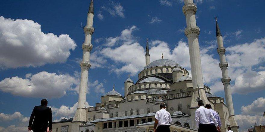 Ramazanın son cuma namazı Kocatepe Camisi'nde kılındı