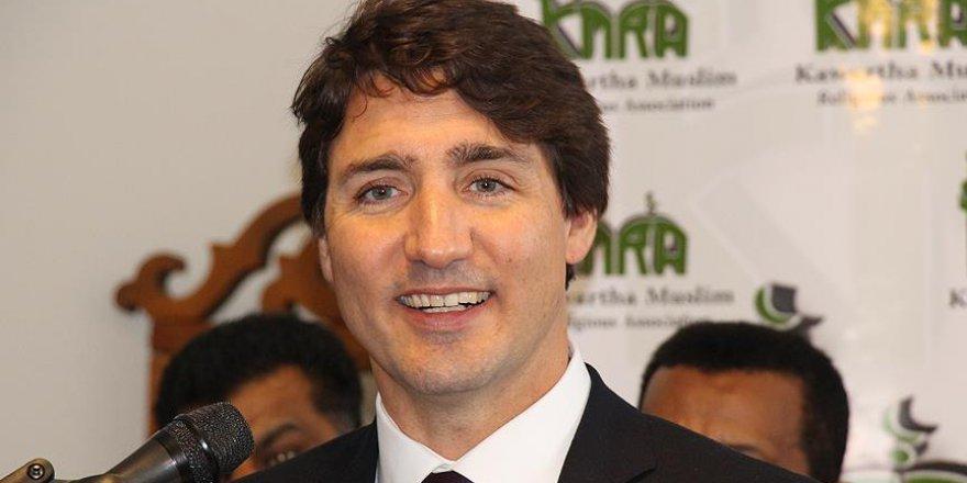 Kanada Başbakanı Trudeau Kurban Bayramı'nı camide kutladı