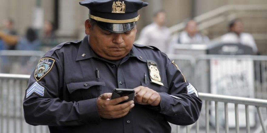 New York Polisi Müslüman Kadını Yakmaya Çalışan Saldırganı Arıyor