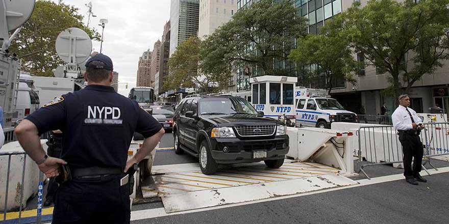 ABD'de polis şiddetine karşı siyahilerin eylemleri sürüyor