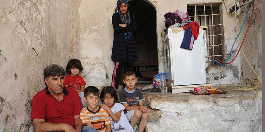 Suriyeliler bayramı buruk geçiriyor