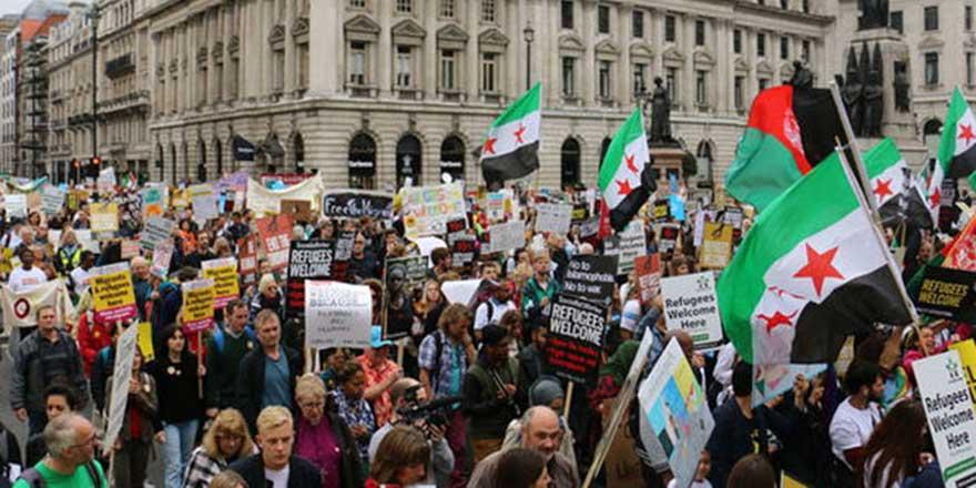 İngiltere'de sığınmacılara destek yürüyüşü