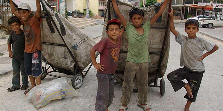UNICEF: Halep'te 100 bin çocuk tehlikede