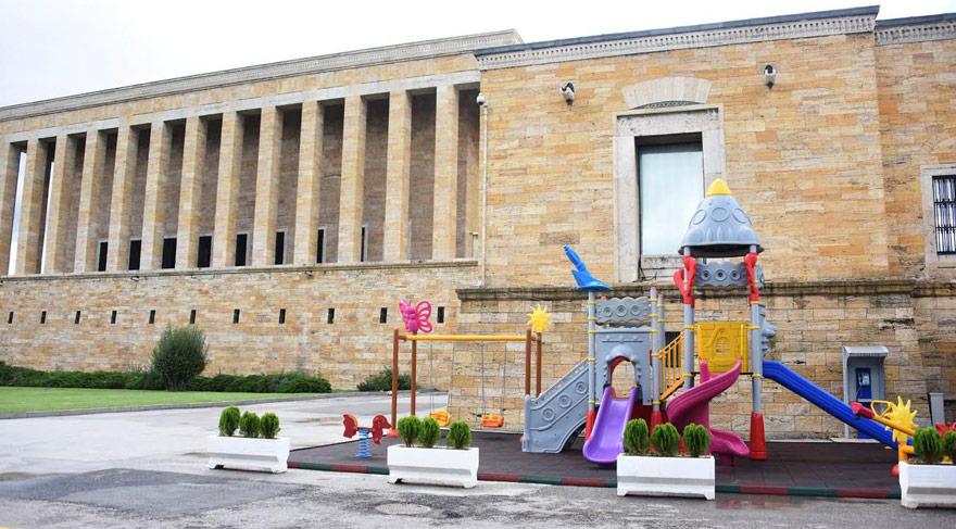 Çocuklar Anıtkabir'den sıkıldığı için park yapılmış
