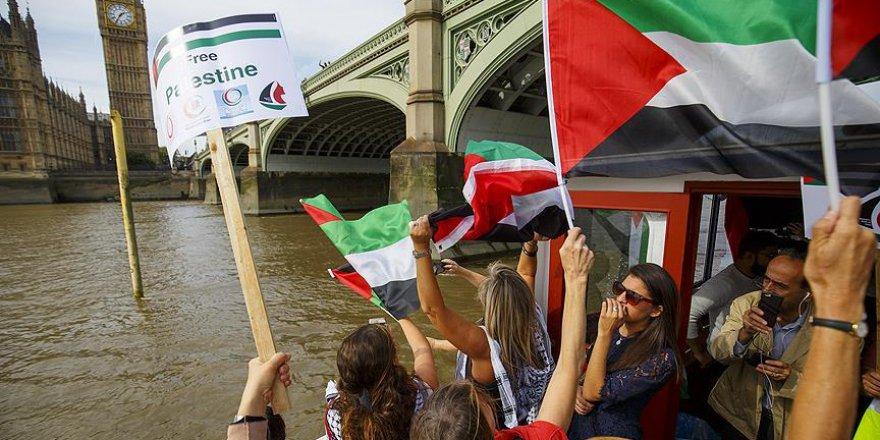 Londra'da Gazze yolundaki 'Özgürlük Filosu'na destek