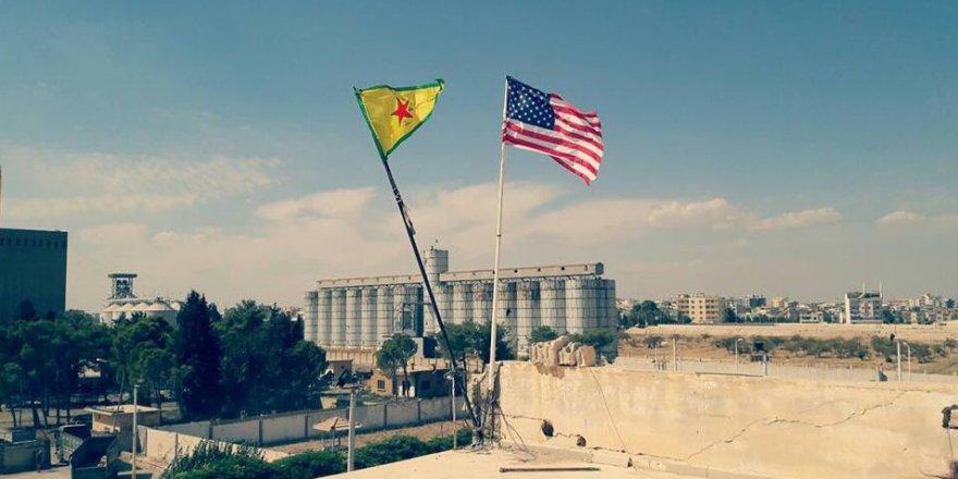 PYD'li teröristlerin karargahında ABD bayrağı