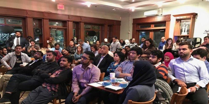 Amerikalı Müslümanlar Clinton-Trump Tartışmasını izledi