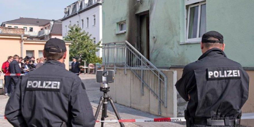 Cami saldırısını kiliseler ve politikacılar kınadı