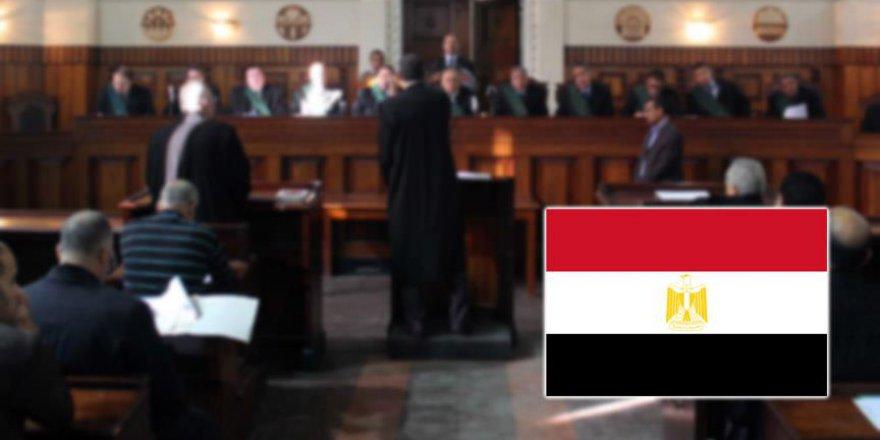Mısır'da darbe karşıtı kişi idama mahkum edildi