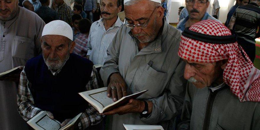 Türkiye Diyanet Vakfı'ndan Suriyelilere 5 bin Kur'an