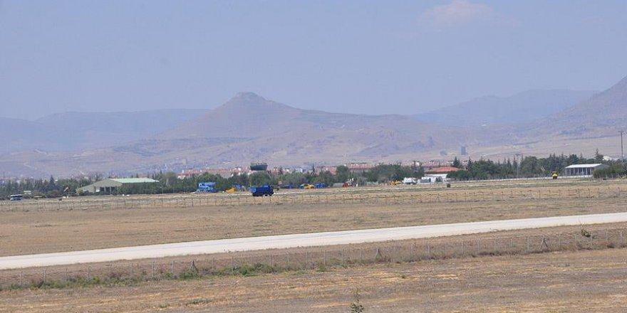 3. Ana Jet Üs Komutanlığında FETÖ operasyonu