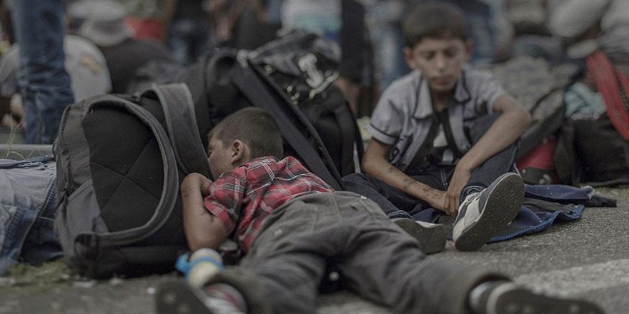 Musul'da 600 bin çocuk ateş hattında kalabilir