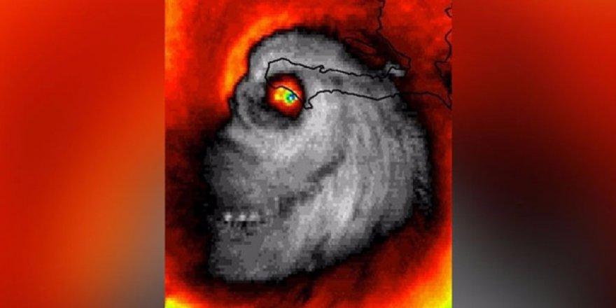 Kasırganın uydu görüntüleri korkuttu