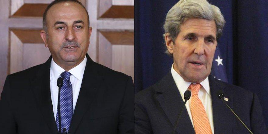 Çavuşoğlu Kerry ile Suriye'yi görüştü