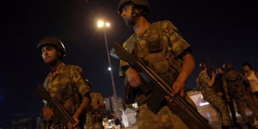 15 Temmuz sonrası tutuklanan 15 asker serbest