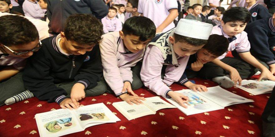 Cami ve Kitap temasına Esenler Belediyesi'nden destek