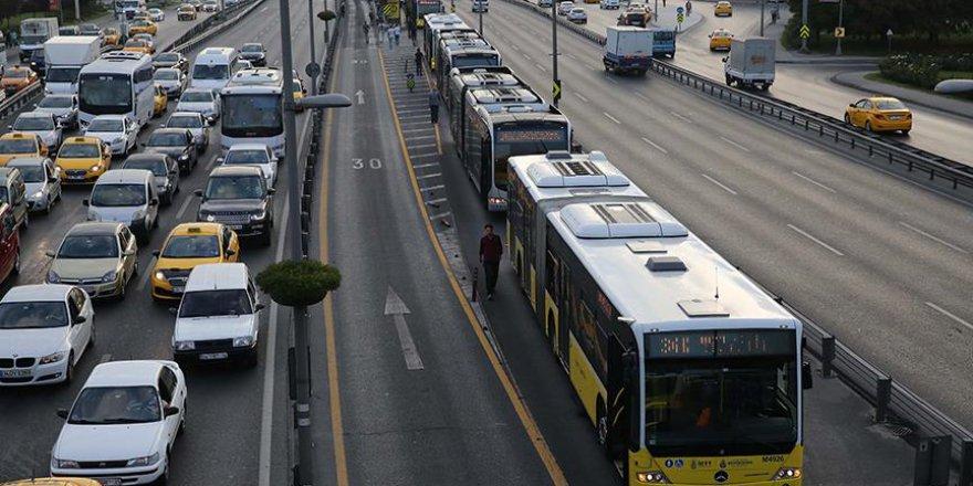 'Metrobüste ters istikamet uygulaması kaldırılsın'