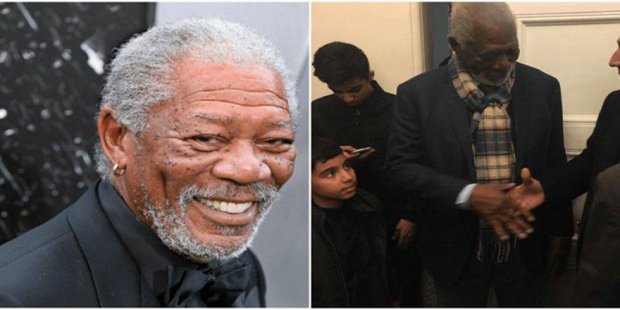 Hollywood yıldızı aşure duasına katıldı