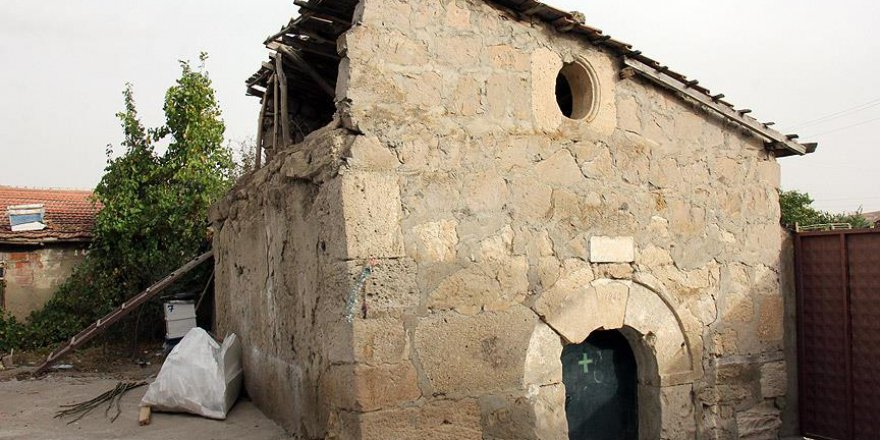 Tarihi kilise imama emanet