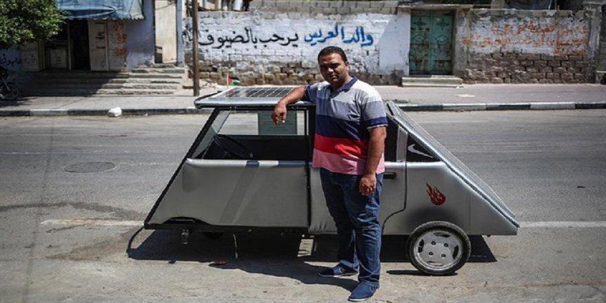 Gazzeli gençler güneş enerjisi ile çalışan araç yaptı