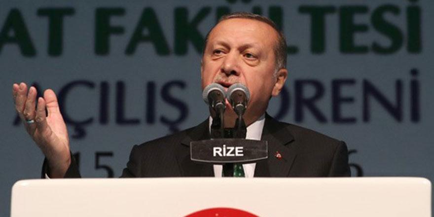 Erdoğan: Dünyadaki tüm varlıklar Allah'a secde ederler