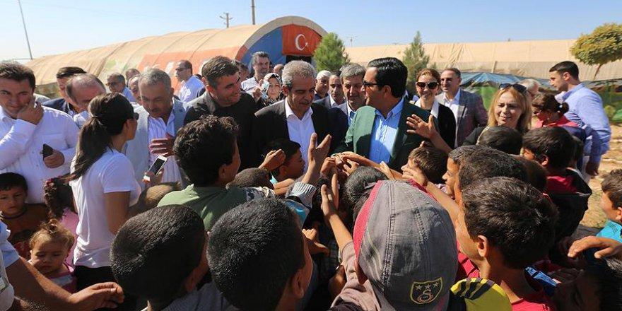 Belediye başkanlarından Suriyeli sığınmacılara ziyaret