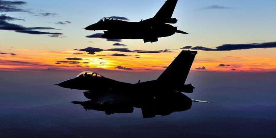 Savaş uçakları DEAŞ'ın patlayıcı deposunu vurdu