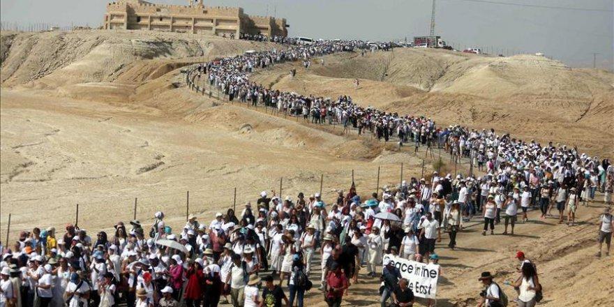 Filistinli ve İsrailli kadınlardan barış mitingi