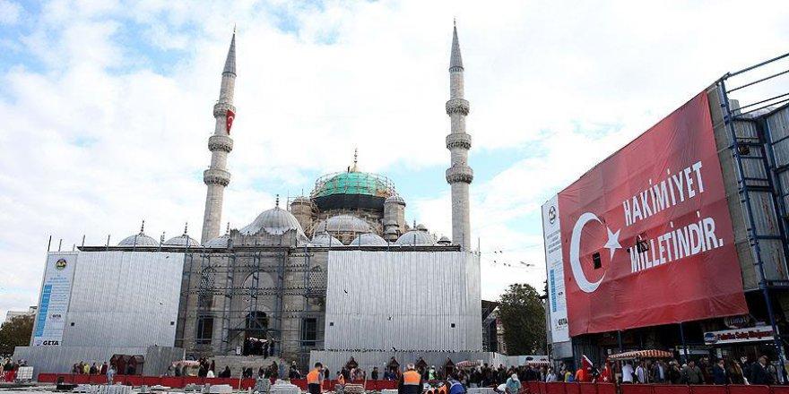 Yeni Cami baştan aşağı yenilenecek