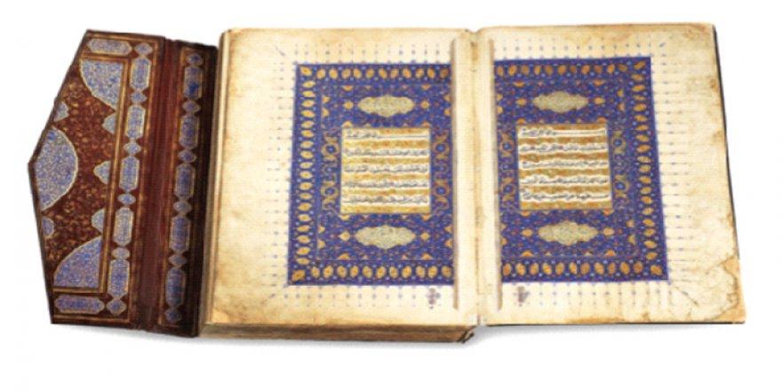 İslamofobiye en ihtişamlı cevap Kur'an-ı Kerim Sergisi!