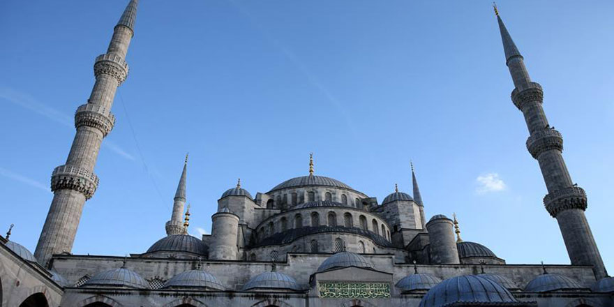 Sultanahmet Camisi minaresine kavuştu