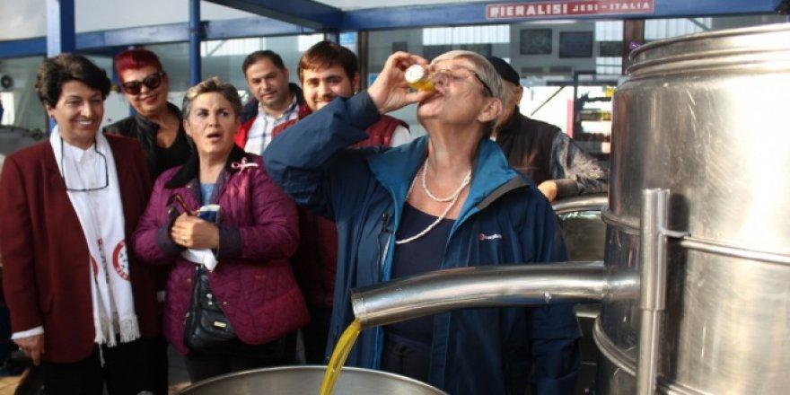 Canan Karatay zeytinyağı içti, görenler şaşırdı