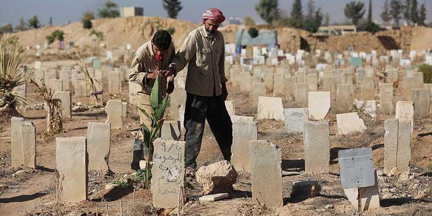 Suriye'de mezarlıklarda yer kalmadı