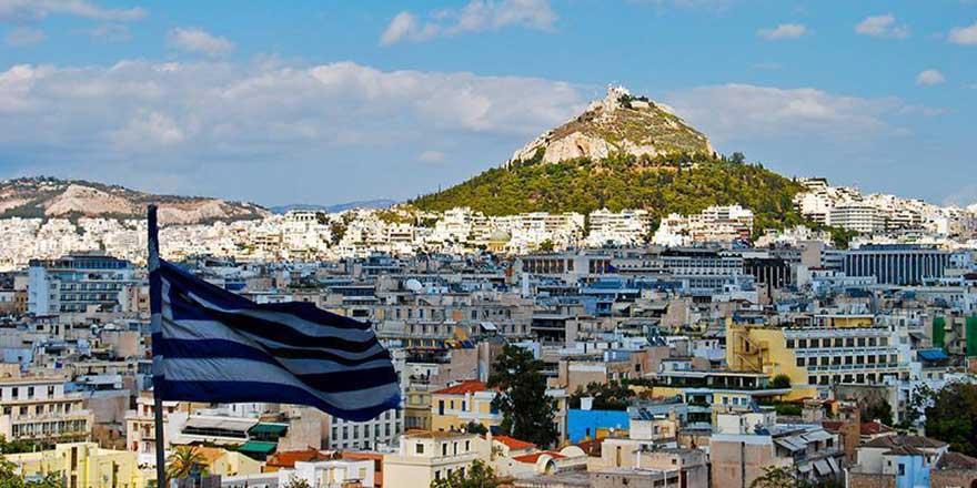 Atina'daki cami inşaatı kaplumbağa hızında olsa da ilerliyor