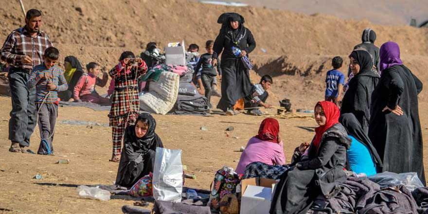 Musul'da 700 bin sivil yerinden edildi