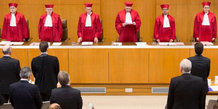 Alman mahkemesi 'cemaatler İslam dersi veremez' kararını bozdu